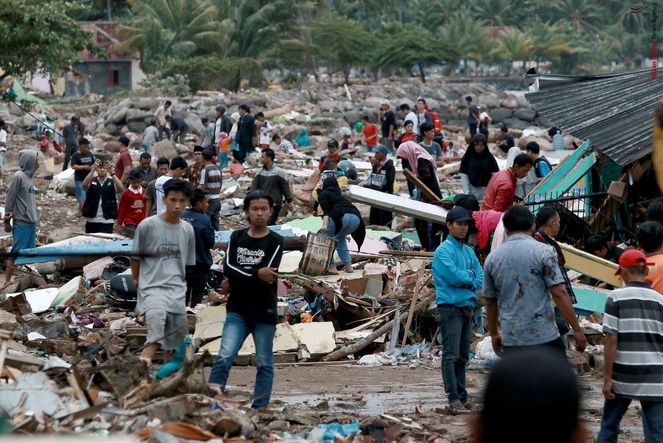 تصاویری از سونامی مرگبار در اندونزی - 23
