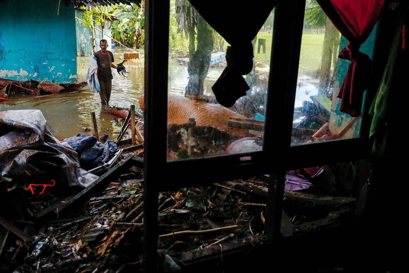 تصاویری از سونامی مرگبار در اندونزی - 24