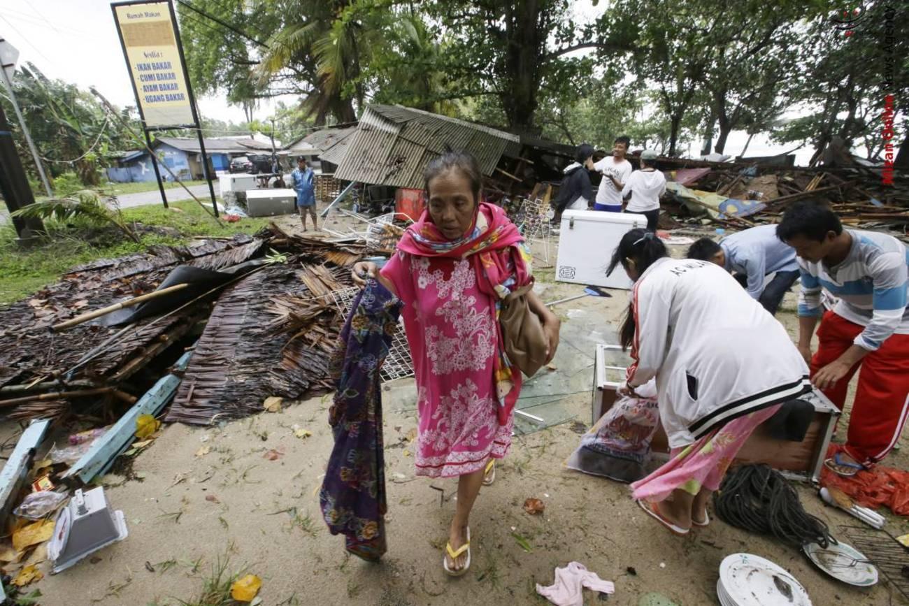 تصاویری از سونامی مرگبار در اندونزی - 14
