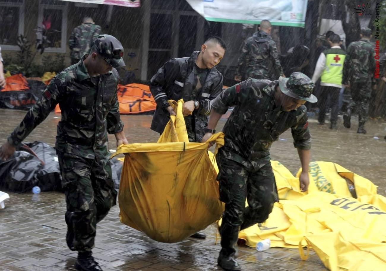 تصاویری از سونامی مرگبار در اندونزی - 13