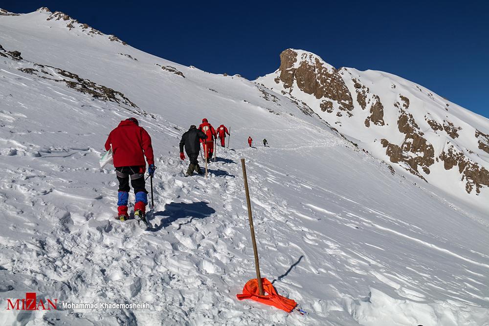۱۴ استان درگیر برف و کولاک /امدادرسانی به ۱۵۲۶ نفر گرفتار در برف و کولاک - 0