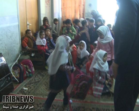 آتشسوزی مدرسه در زاهدان ۴ دانش آموز را روانه بیمارستان کرد - 35