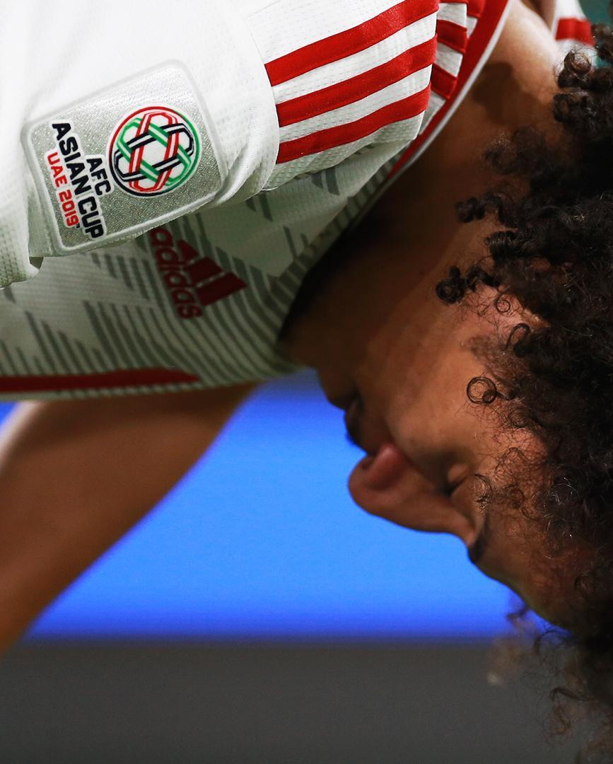 عکسها و گزارش اختصاصی تابناک ازحملهعربها با دمپایی، بطری و تسبیح به تیم هایامارات و قطر - 19