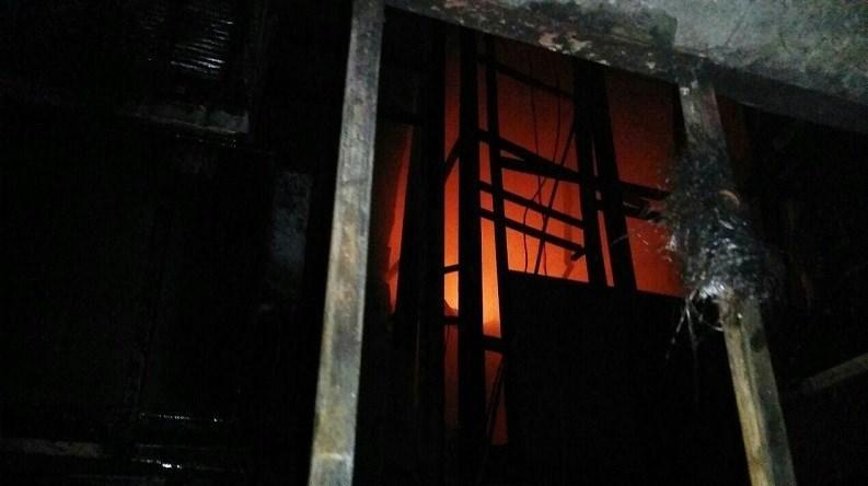 آتش گرفتن ۱۵ باب مغازه در بازار تهران + فیلم و تصاویر - 11