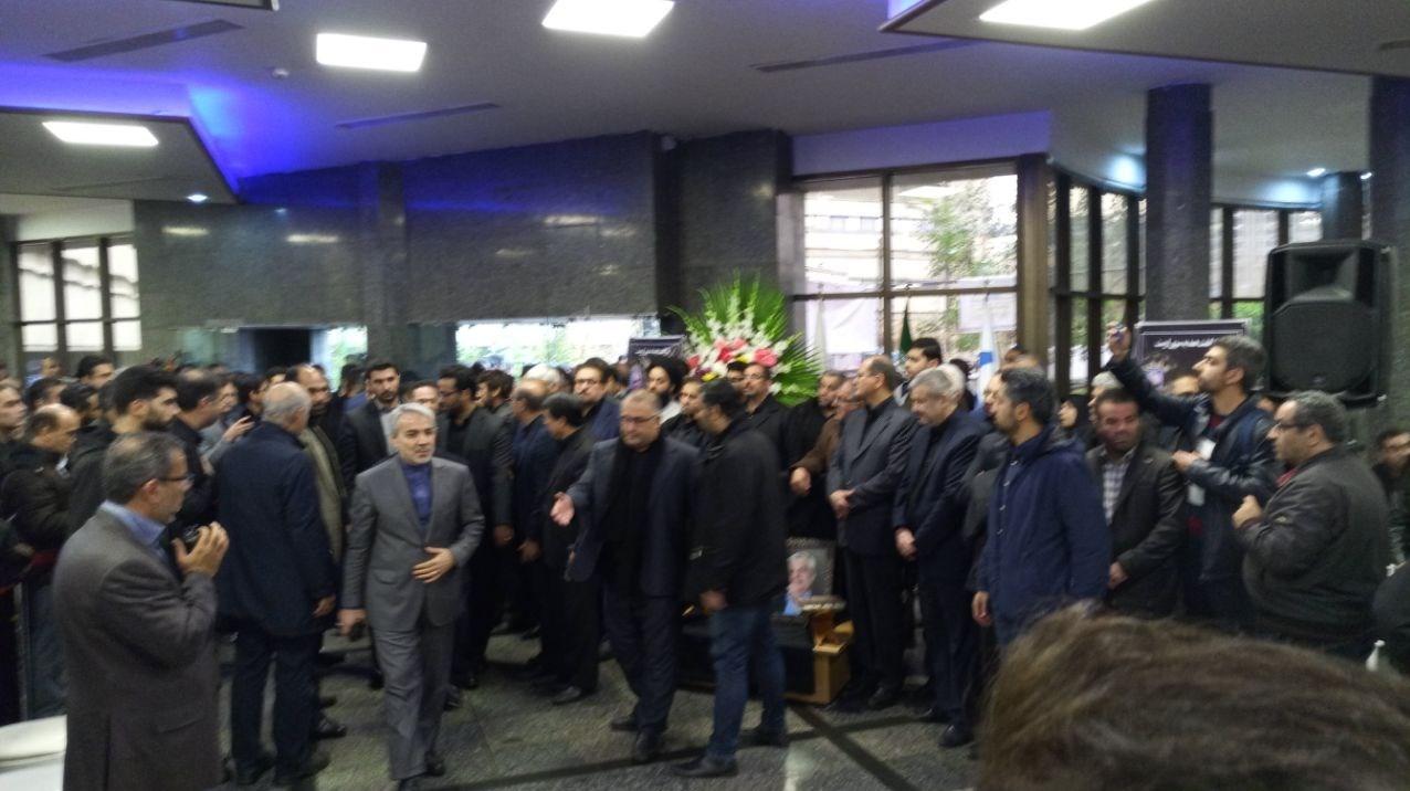 حضور جهانگیری و نوبخت در مراسم تشییع مدیرعامل تامین اجتماعی - 3