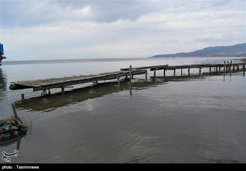 تجمیع اراضی کشاورزی حق آبه دریاچه ارومیه را احیا میکند