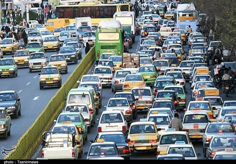 گلایه شهروندان ایلامی از ترافیک شهری؛ مسئولان توجه کنند - 7
