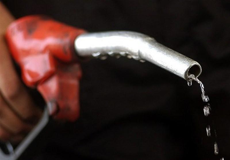قاچاق سوخت ادامه دارد / احیای کارت سوخت به سال ۹۸ موکول شد