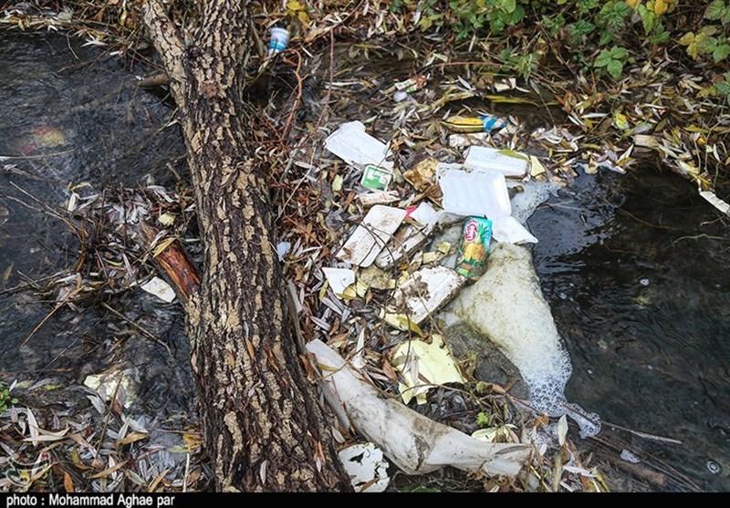 زبالهریزی در رودخانههای منتهی به دریاچه بحران زده ارومیه ادامه دارد - 11
